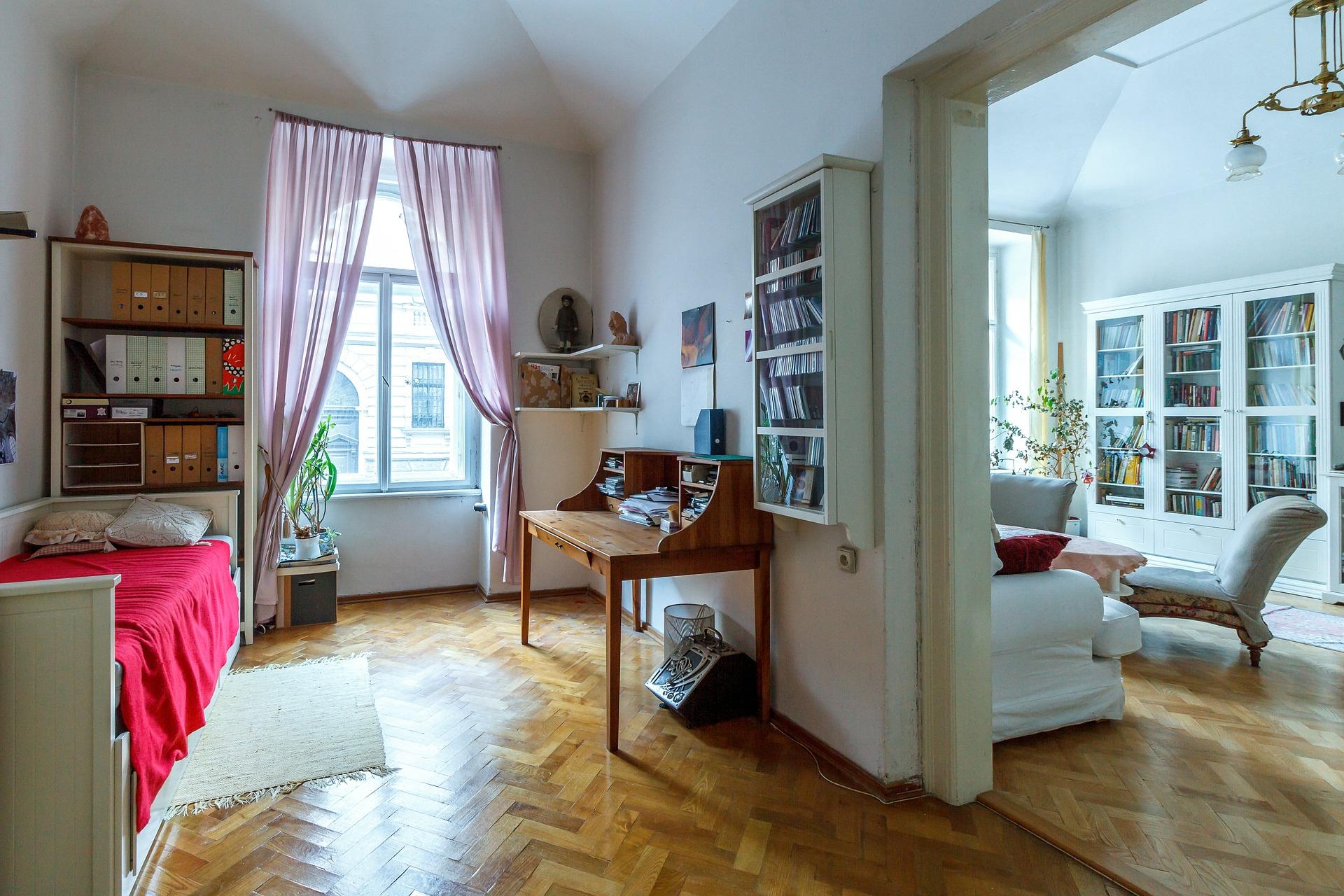 bedroom-527645_1920